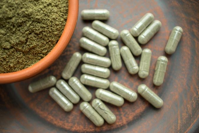 Image of the opioid substitute, kratom.